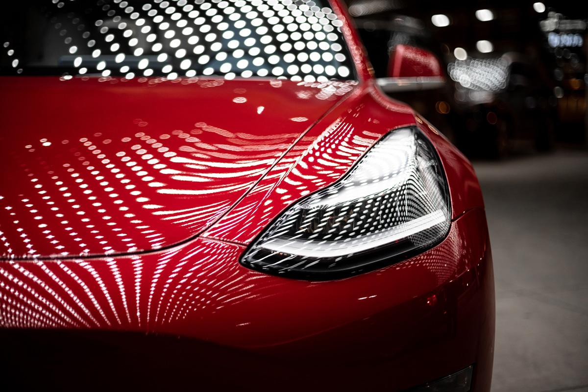 Will Tesla Meet Elon Musk's 2020 Goal Of Delivering 500,000 Cars?