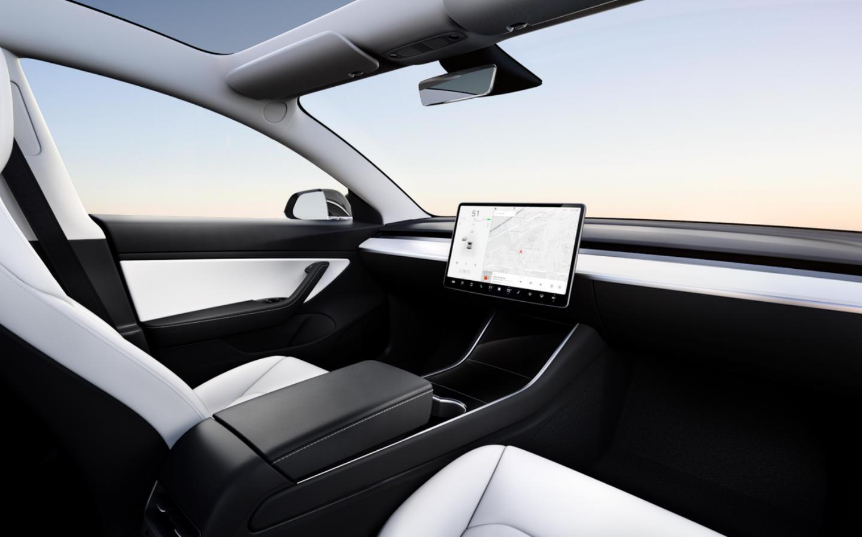 Elon Musk's Tesla Has Reinvented the Steering Wheel