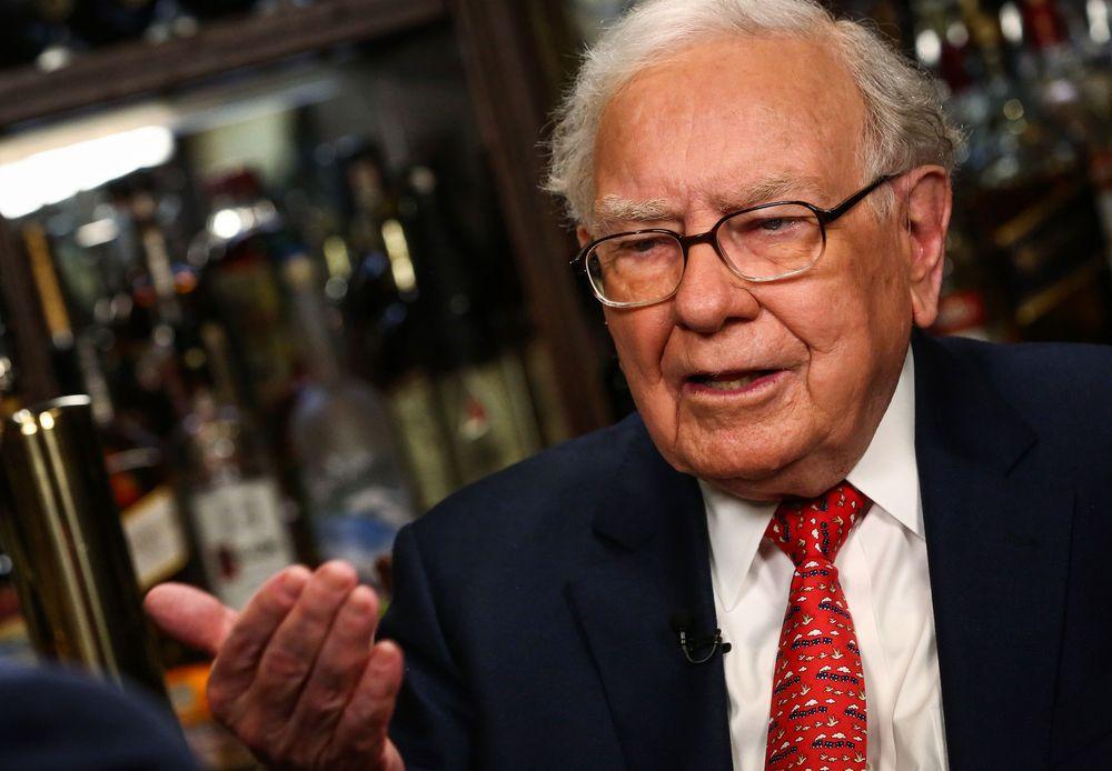 Warren Buffett's Favorite Valuation Metric Is Ringing an Alarm