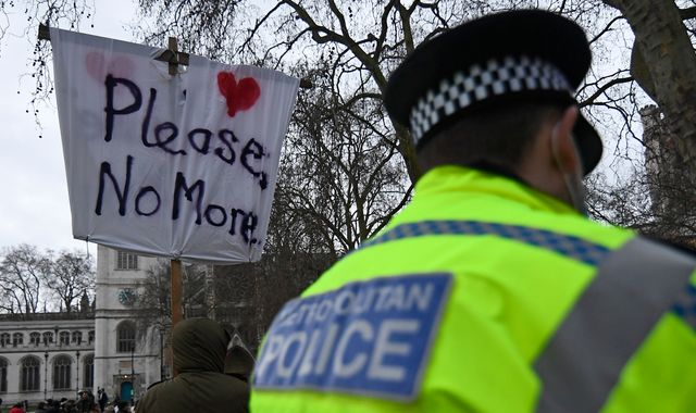 Hundreds gather for anti-lockdown protest in London