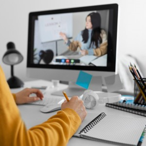 five-reasons-to-take-an-online-masters-course-in-2021