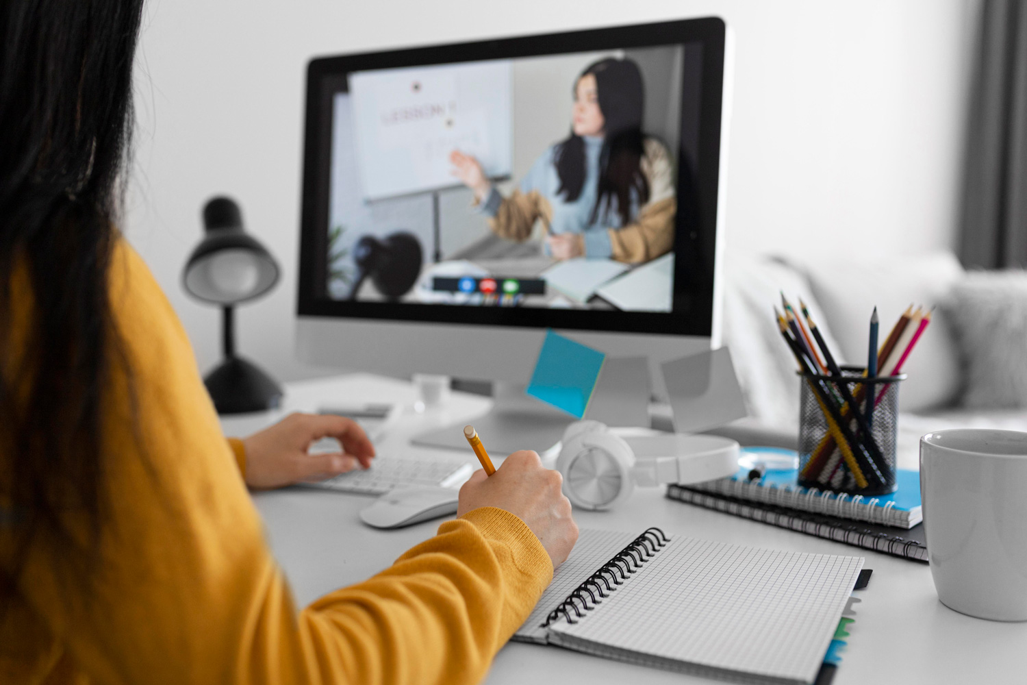 Five Reasons to Take an Online Masters Course In 2021