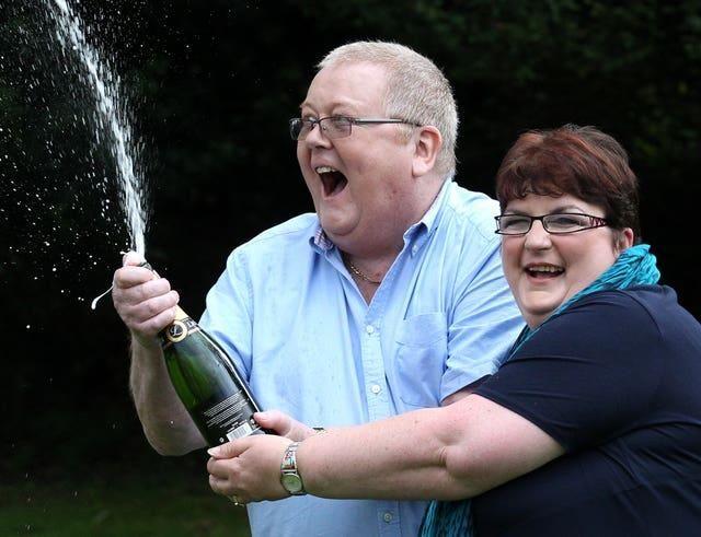 £122m Euromillions Jackpot Won By Single UK Ticket-Holder