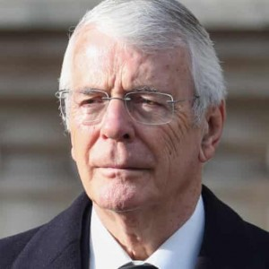 queen-must-be-given-time-and-space-to-grieve-says-john-major