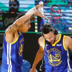 stephen-curry-sets-golden-state-warriors-record-in-win-over-denver-nuggets