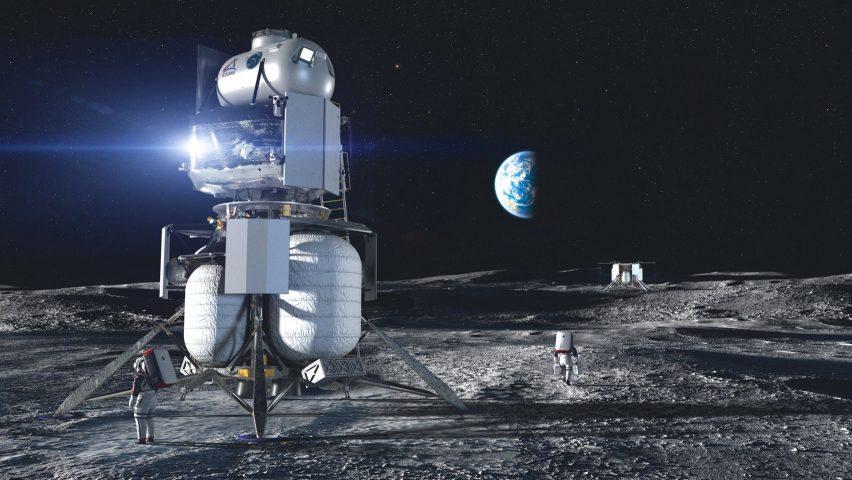 SpaceX Wins NASA Moon Lander Award as Musk Beats Bezos