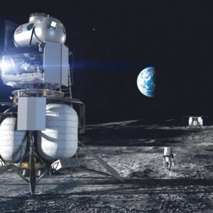 SpaceX Wins NASA Moon Lander Award as Musk Beats Bezos