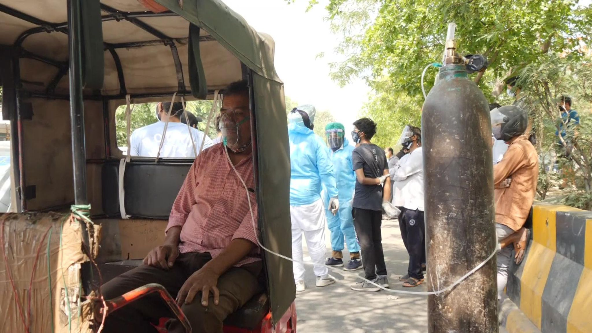 COVID-19: People Left To Beg And Barter For Air As India's Coronavirus Crisis Escalates