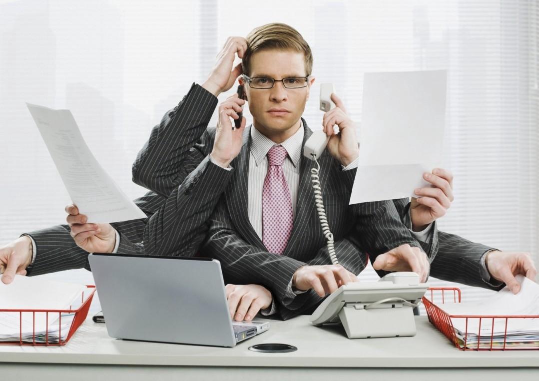 How Multitasking Fuels Original Thinking