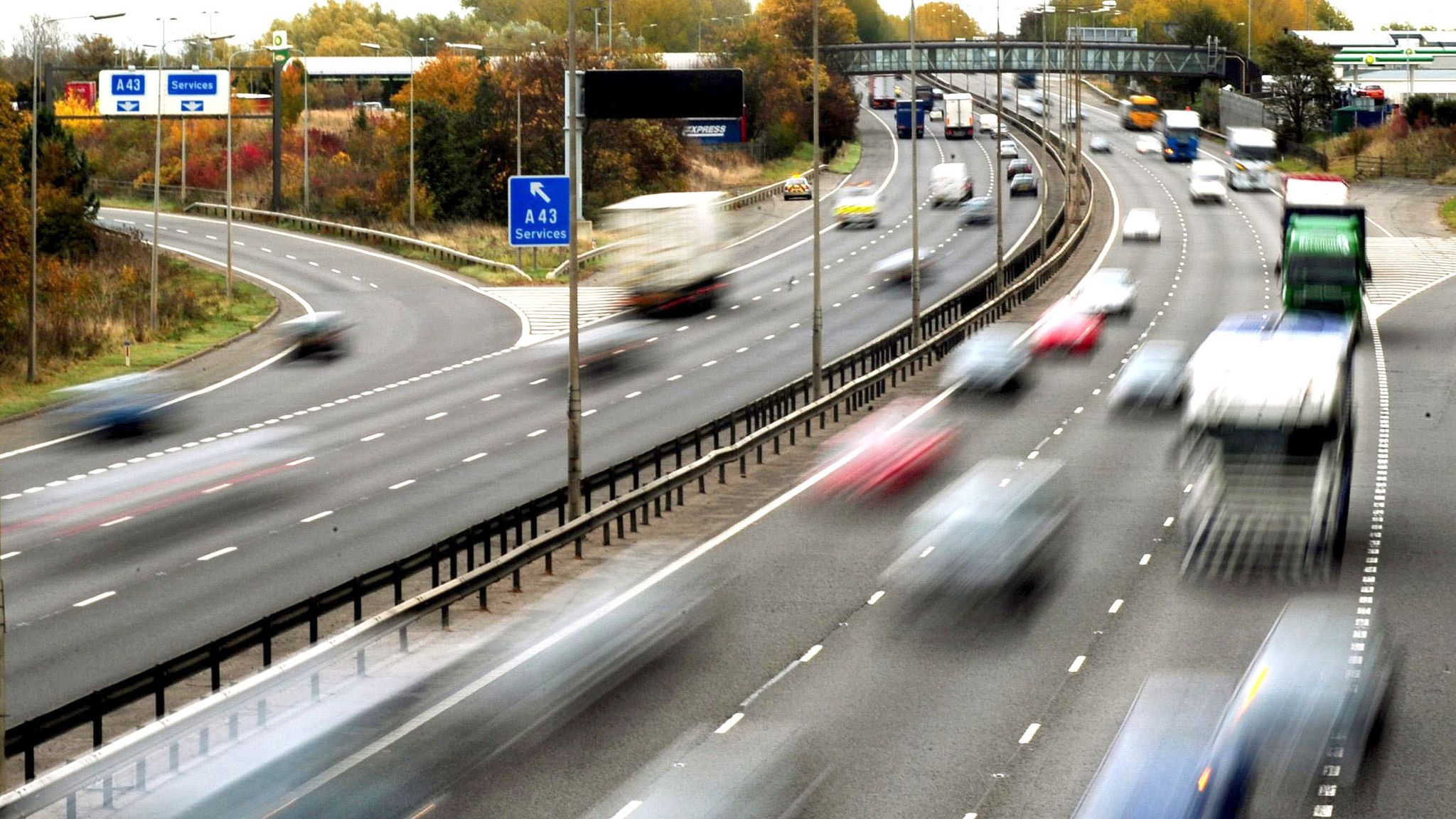 Self-Driving Cars Could Be Allowed On UK Motorways By The End Of This Year