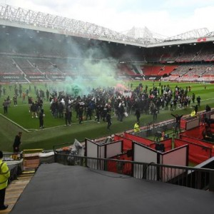 manchester-united-fans-mount-protest-against-us-owners-ahead-of-liverpool-game