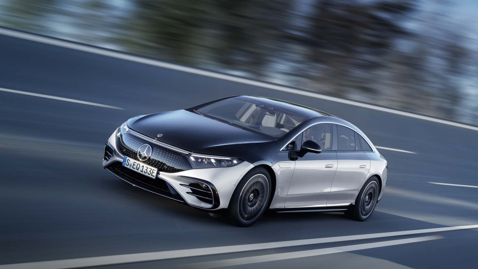 Mercedes EQS: This Luxury Electric Vehicle Is A Massage Parlour And More.