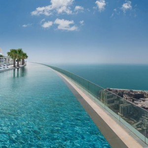 address-beach-resort-the-worlds-highest-infinity-pool-has-opened-in-dubai