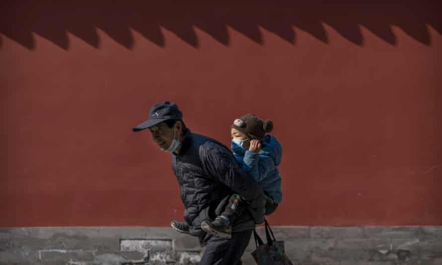 chinas-population-growing-at-slowest-rate-in-generations