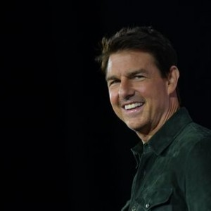tom-cruise-returns-golden-globes-awards-in-protest-of-hfpa