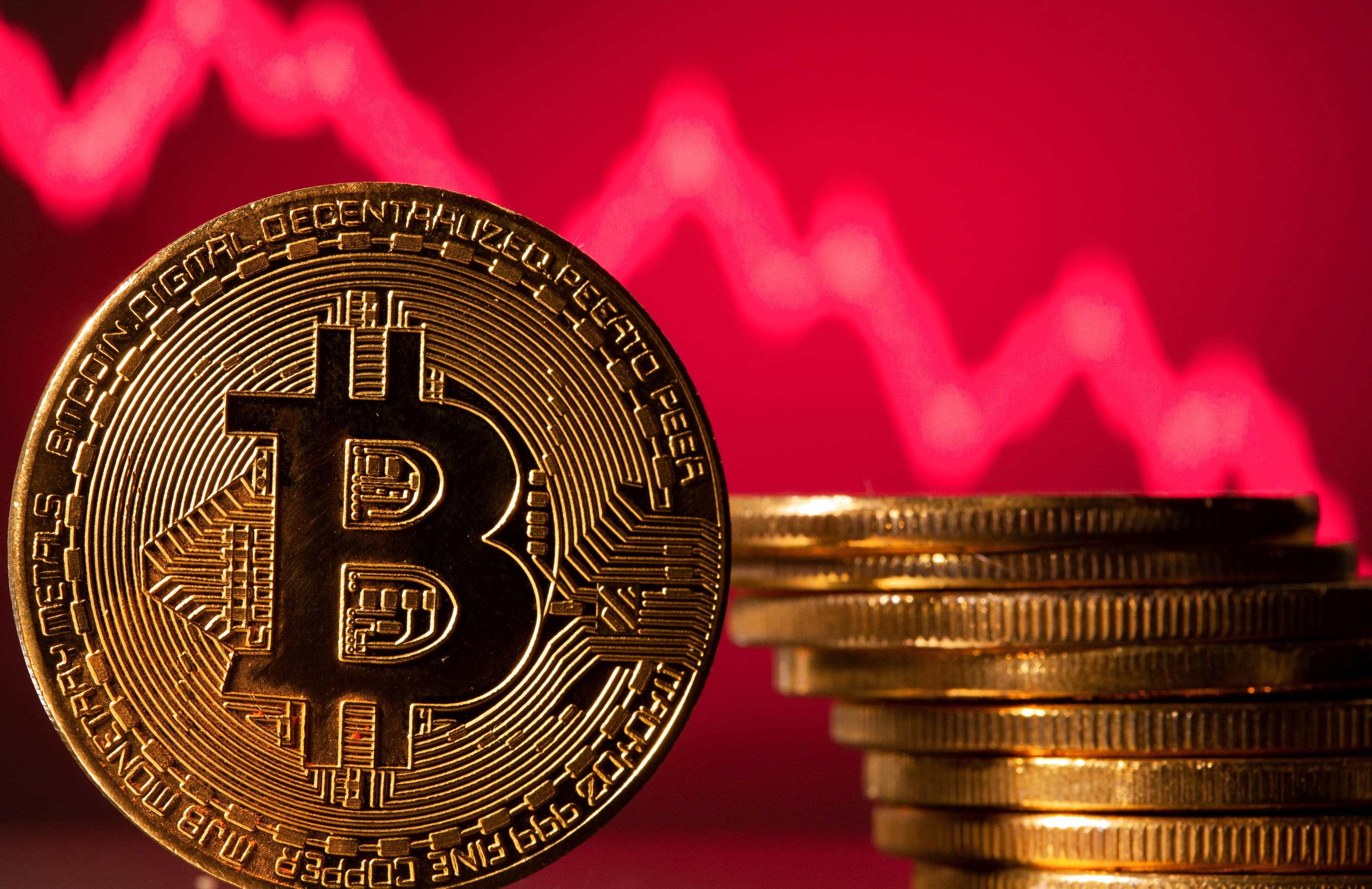 Crypto Hedge Funds Buy The Dip In Bitcoin's Week Of Reckoning