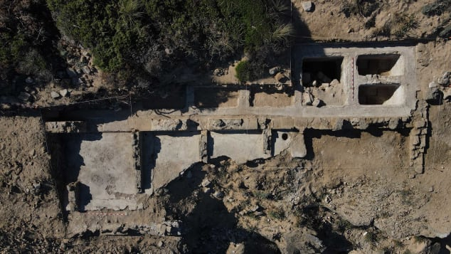 Search Ancient Roman Bath Complex Discovered On Beach In Southern Spain