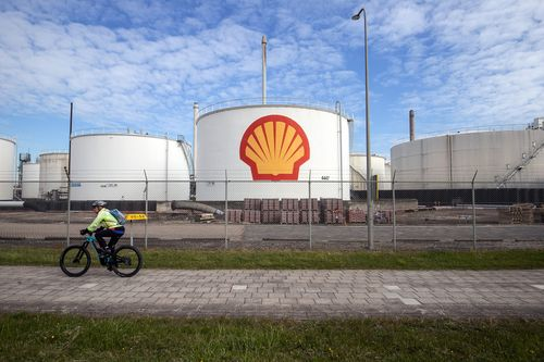 Court Orders Shell To Slash CO2 Emissions In Landmark Climate Ruling