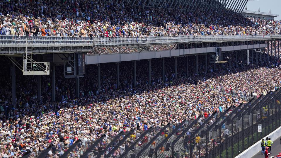135,000 Fans Gather At Indy 500, Marking World's Largest Sports Event During Pandemic