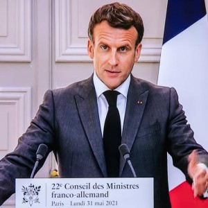 macron-and-merkel-condemn-u-s-spying-after-new-wiretapping-report