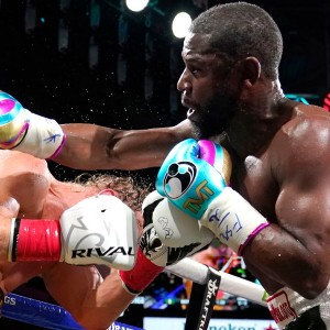 floyd-mayweather-vs-logan-paul-youtuber-avoids-knockout-in-bout-with-boxing-great