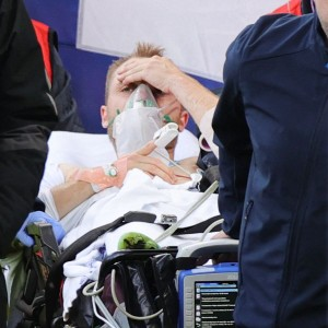 denmark-captain-simon-kjaer-hailed-a-hero-for-life-saving-response-to-christian-eriksen-collapse