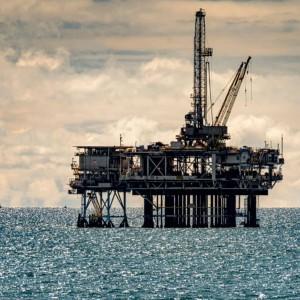 oil-rallies-to-32-month-high-as-rising-demand-emboldens-bulls