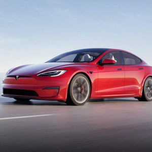 elon-musk-shows-off-teslas-fastest-car-yet-model-s-plaid