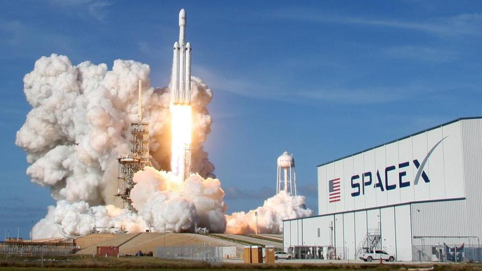 Texas Authorities Threaten SpaceX With Legal Action Over Beach Closures, Private Security