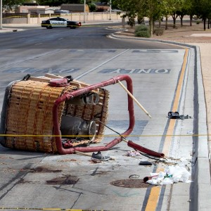 five-dead-after-hot-air-balloon-blown-into-power-lines-in-albuquerque-new-mexico