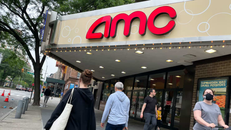 AMC Says It Won't Seek Shareholders Approval To Boost Shares Outstanding