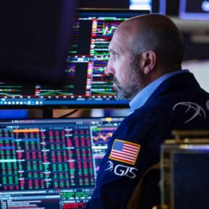 rebalance-your-portfolio-now-as-the-economy-enters-an-expansion-phase-hsbc-saas