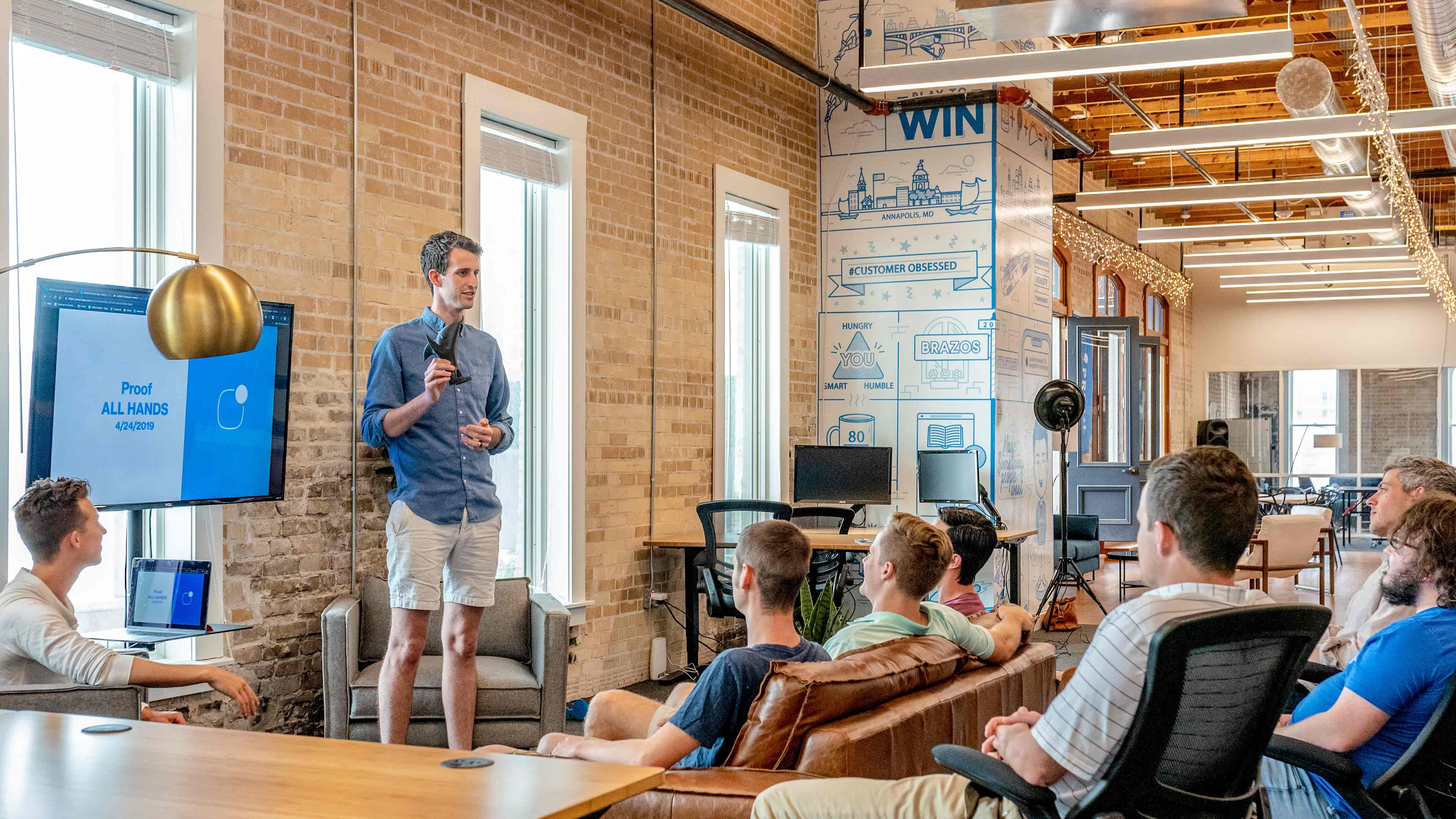 How Community Building Gives Your Business a Competitive Advantage