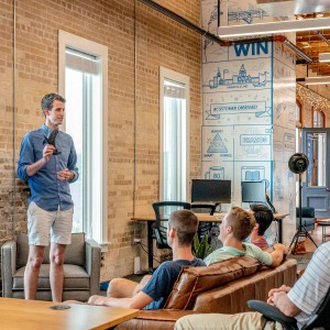 how-community-building-gives-your-business-a-competitive-advantage