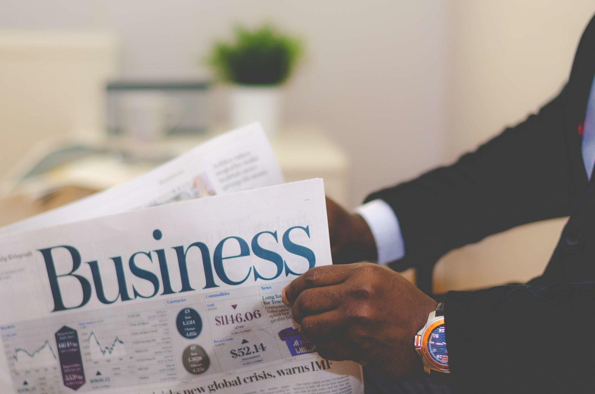 4 Ways Businesses Can Research And Exploit Industry Trends For Success