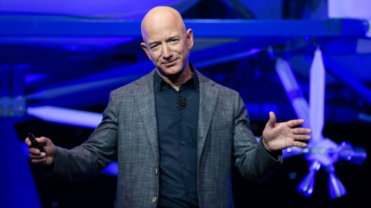 There Are 2 Types Of Confidence. Here's The One That Jeff Bezos Has