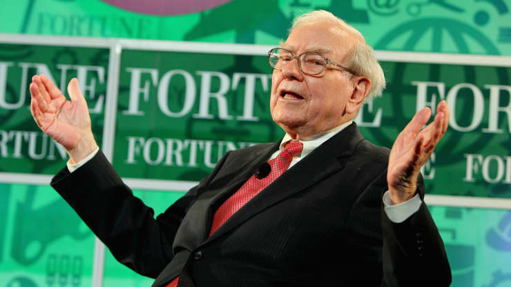 Warren Buffett Has A 'Simple' Test For Making Tough Decisions—Here's How It Works