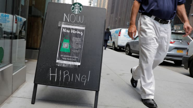 How To Improve LinkedIn Job Postings Amid The Tightest Labour Market In History