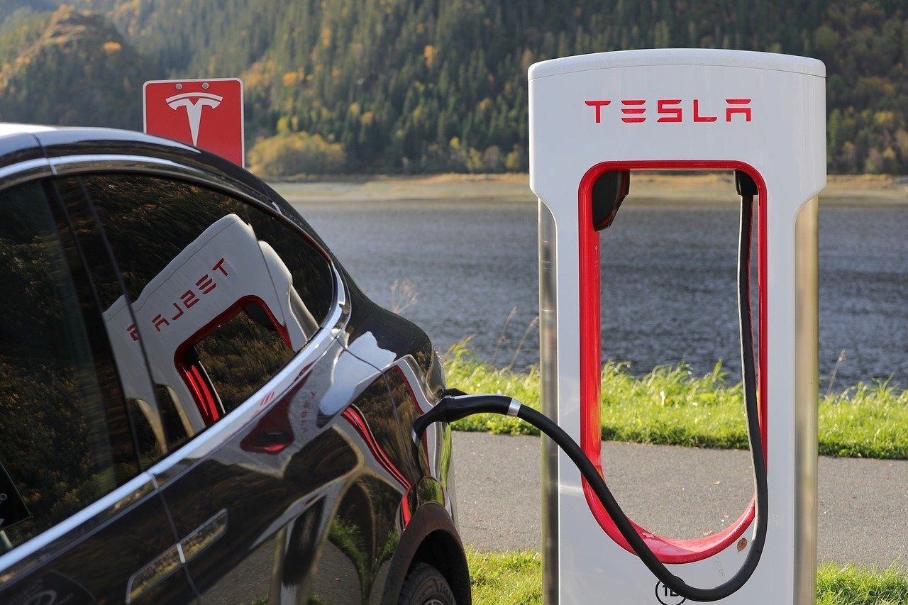 Tesla (TSLA) Becoming An Electricity Retailer: Paradox Or Opportunity?