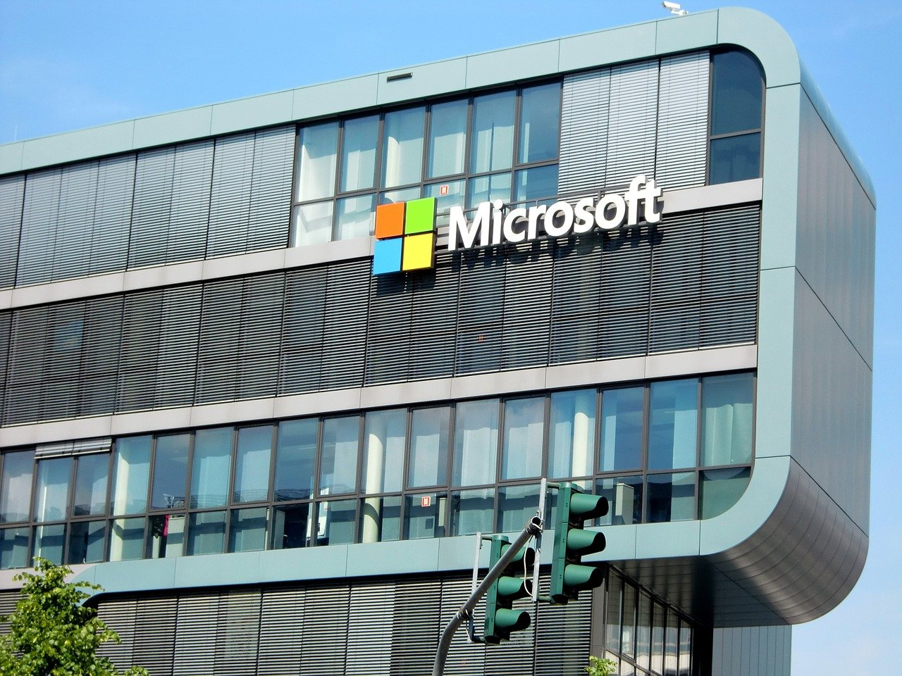 Microsoft Joins The List Of Companies Abandoning Plans To Re-open Offices