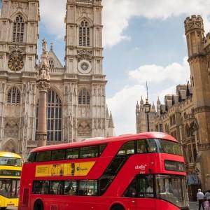 uk-overhaul-travel-list-barriers-amber-list-scrapped