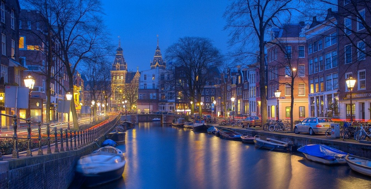 Netherlands -The World's Tallest Nation Is Getting Shorter