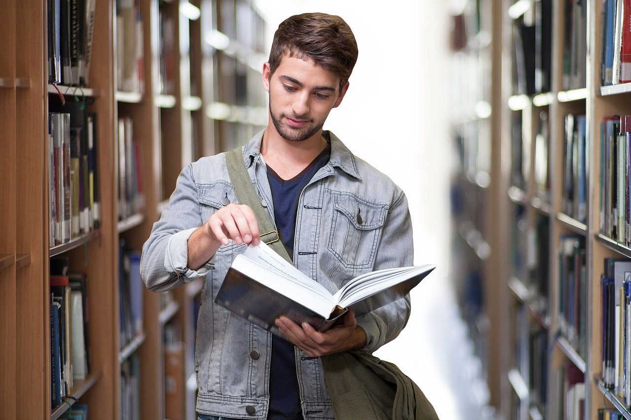 Advice To Help Broke College Students Get Back On Track