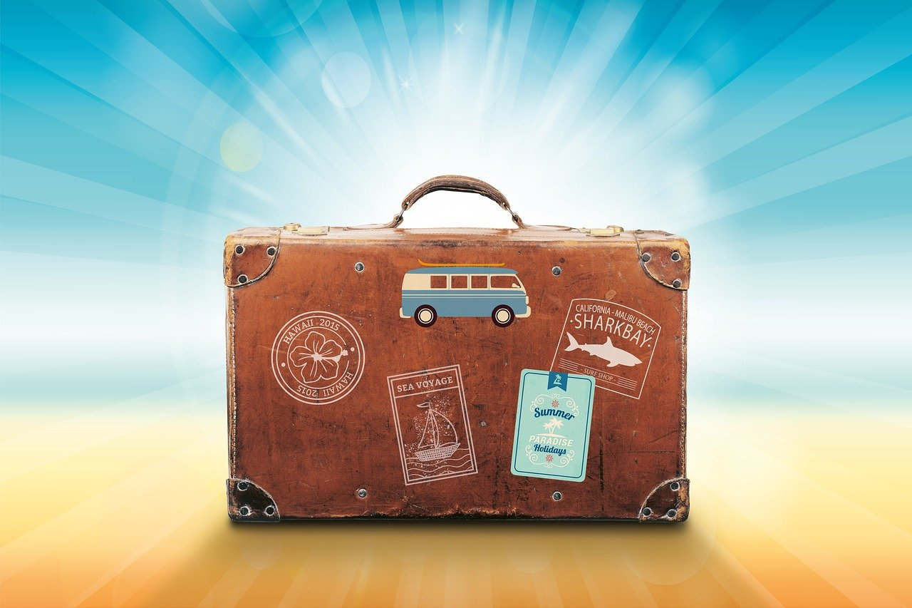 Thinking Of Moving Abroad? Here's How To Get Recruited Internationally