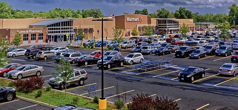 Walmart And Rivals Hiring Own Ship To  Beat Supply Chain Crisis