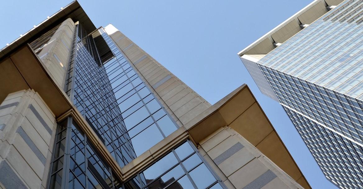 Evergrande's $1.7 Billion Hong Kong Headquarter Sale Flops Due To Unresolved Debt Uncertainties