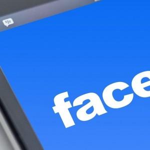 Facebook: Social Media Reaction Trails Facebook Plans To Change Name