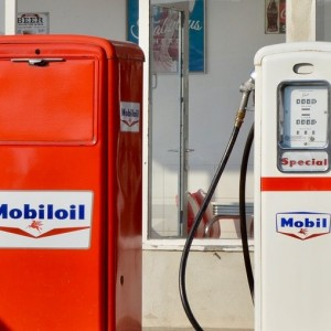 exxon-board-reviews-the-viability-of-major-oil-and-gas-projects