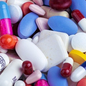 merck-awaiting-approval-to-deploy-first-covid-antiviral-pill